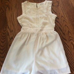 Girls cream color jumper